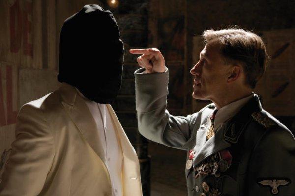 Landa interrogating Raine