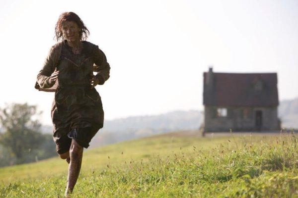 Shosanna flees